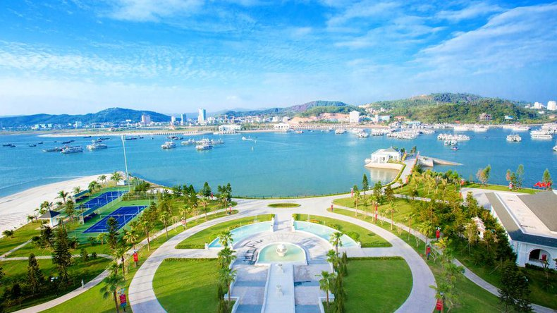 Luxury Hotels And Resorts In Halong Bay
