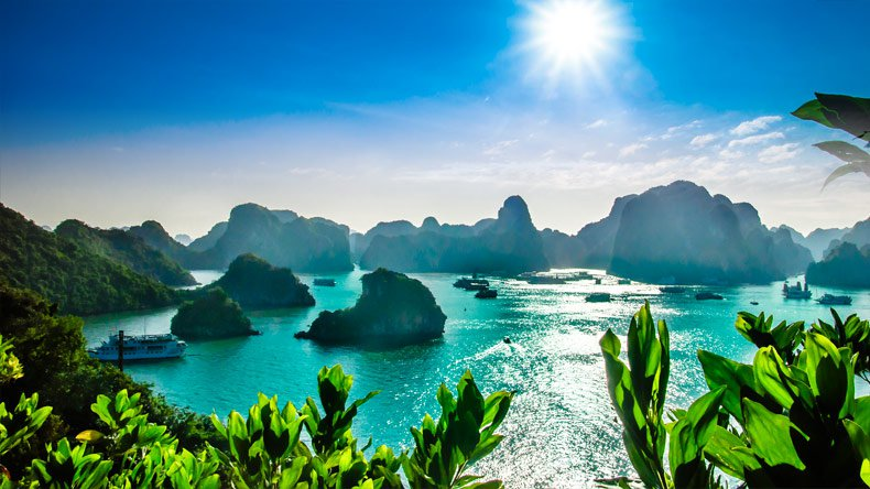 June in Halong Bay: Weather and Event Guide